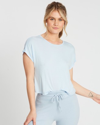Beyond Yoga Twist Goodbye Cropped Tee