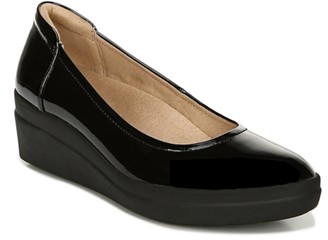 Naturalizer Sam Wedge Pump