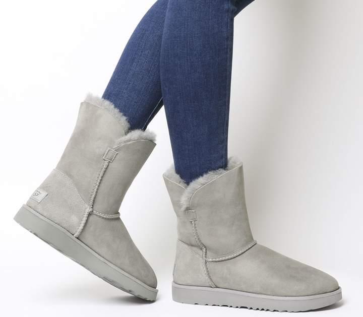 ba4f823a0ee Classic Cuff Short Boots Seal