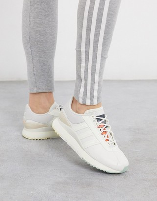 adidas SL Andridge Fashion sneakers in white and pink