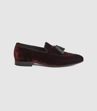 Reiss CHASE VELVET TASSEL LOAFERS Bordeaux