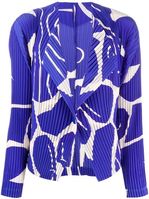 Issey Miyake Abstract-Print Technical Pleated Blazer