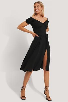 Chloé B X NA-KD Off Shoulder Midi dress