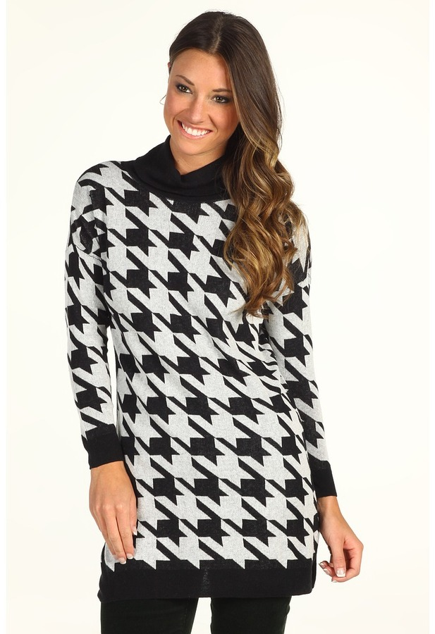C&C California Houndstooth Funnel Neck Tunic Sweater (Black) - Apparel
