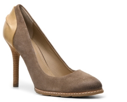 Kenneth Cole Reaction Humaway Pump