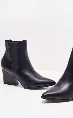 PrettyLittleThing Black Point Chelsea Western Boot PU