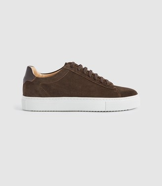 Reiss Finley Suede - Suede Contrast Sole Trainers in Chocolate