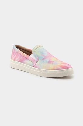 francesca's indigo rd. Kylee Slip On Sneaker in Tie Dye - Multi