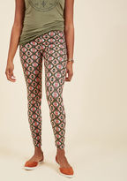 ModCloth All Kinds of Cozy Leggings in Diamonds in M