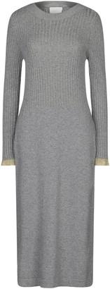 Gotha 3/4 length dresses