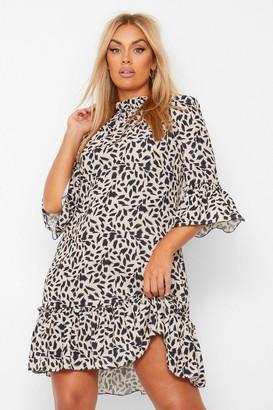 boohoo Plus Smudge Print Ruffle Hem Shift Dress