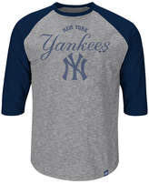 Majestic Men's New York Yankees Fast Win Raglan T-Shirt