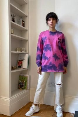 Urban Outfitters Flowers Tie-Dye Long-Sleeve Oversize Skate T-Shirt - Purple S/M at