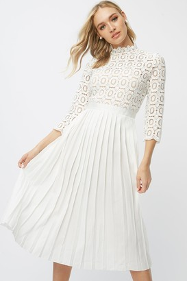 Little Mistress Alice White 3/4 Sleeve Crochet Top Midi Dress With Pleated Skirt