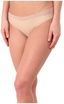 Commando Weightless Lace Thong LT18