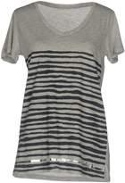 Woolrich T-shirts - Item 12069875
