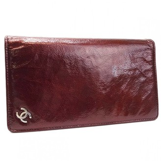 Chanel Burgundy Patent leather Wallets