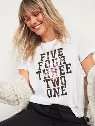 Old Navy EveryWear Holiday Graphic Tee for Women