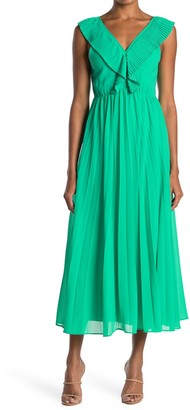 MelloDay Pleated V-Neck Crepe Maxi Dress