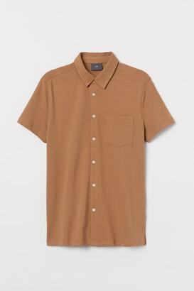 H&M Muscle Fit Pique Shirt - Beige