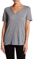 Cupcakes And Cashmere Zuma V-Neck Short Sleeve Tee