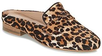 Maruti BELIZ women's Mules / Casual Shoes in Brown