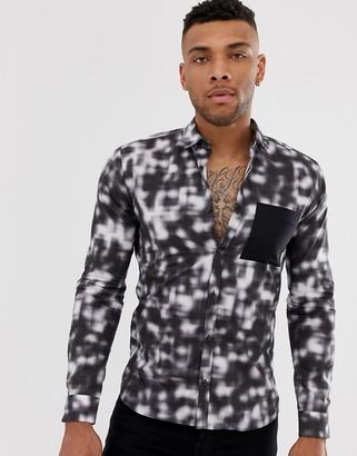 HUGO Ero contrast chest pocket print shirt in black