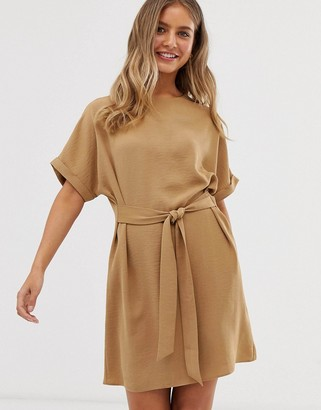 New Look belted tunic in camel-Tan