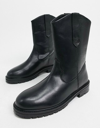 ASOS DESIGN Andy leather pull-on trucker boots in black