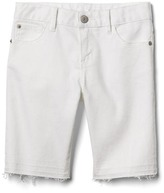 Stain resistant bermuda shorts