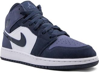 Nike Kids TEEN Air Jordan 1 Mid (GS) sanded purple