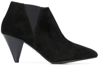 Closed structured ankle boots