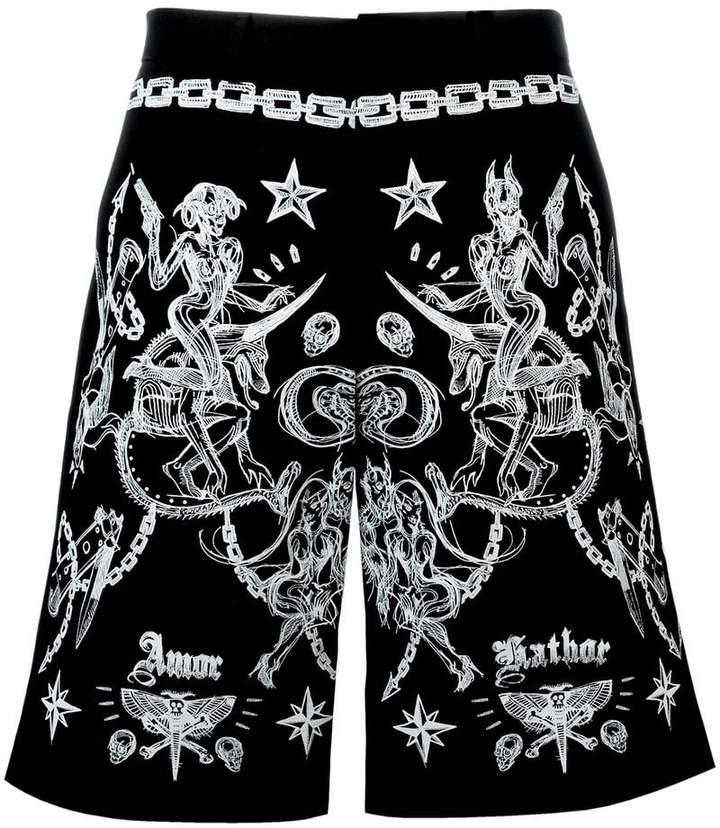 Givenchy tattoo print Bermuda shorts