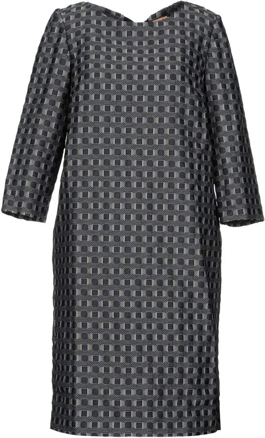 Macrí Knee-length dresses