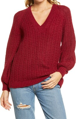 Faherty Aria V-Neck Fleece Sweater