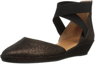 Gentle Souls by Kenneth Cole Women's NOA LOW WEDGE PUMP ELASTIC STRAPS Shoe