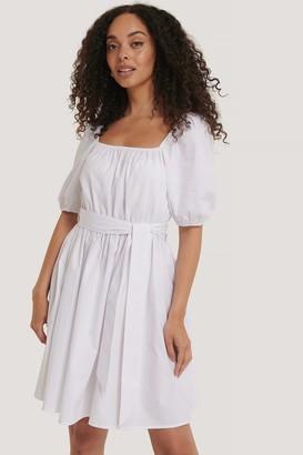 NA-KD Tie Waist Short Sleeve Cotton Dress