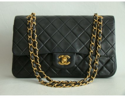 Chanel very good (VG Black Quilted Lambskin Classic 2.55 Double Flap Bag