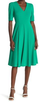 Donna Morgan V-Neck Stretch Crepe Dress