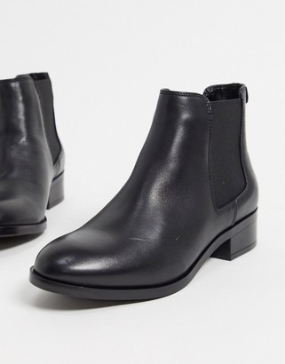 Aldo eraylia leather cheslea boots in black