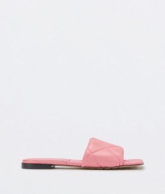 Bottega Veneta The Rubber Lido Flat Sandals