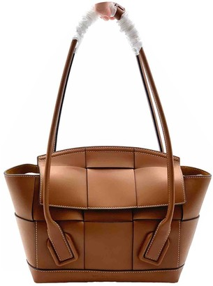 Bottega Veneta Arco Brown Leather Handbags