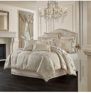 J Queen New York Trinity Queen Comforter Set, 4 Piece Bedding