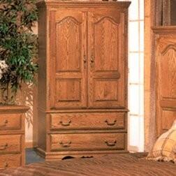 Country Heirloom Large TV Armoire Bebe Furniture Finish: Medium Wood