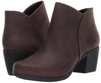 Clarks Un Lindel Zip (Brown Oily Leather) Women's Boots