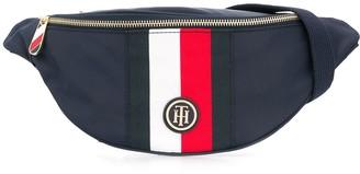 Tommy Hilfiger logo zipped belt bag