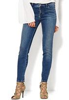 New York & Co. Soho Jeans - SuperStretch Legging - Driven Blue Wash - Petite