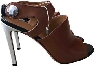 Carven Camel Leather Sandals