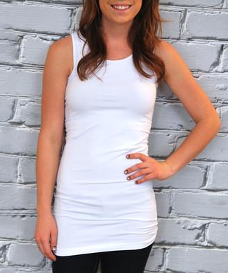 Olivia & Jane Women's Tank Tops White - White Seamless Longline Tank - Women & Plus