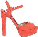 Darcy Heel